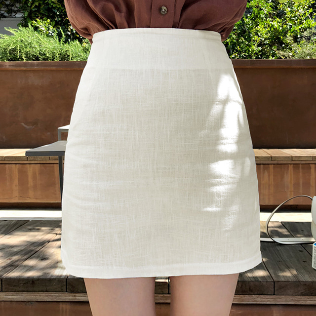 Straight-Cut Mini Ramie Skirt